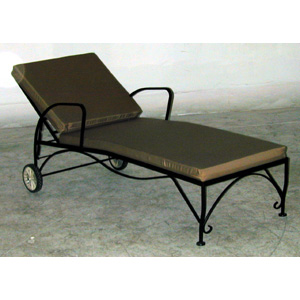 Iron Chaise Lounge Garden Chair with Cushion - 11842